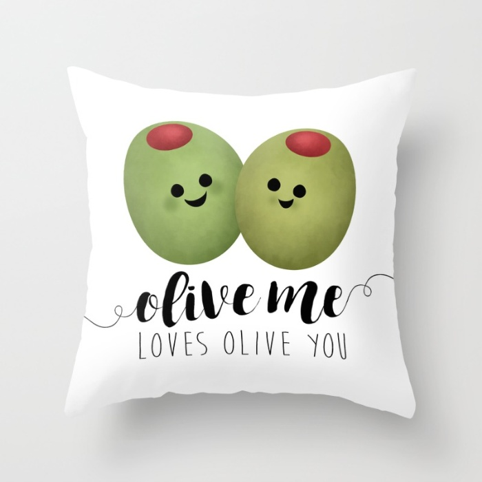 olive-me-loves-olive-you-q45-pillows