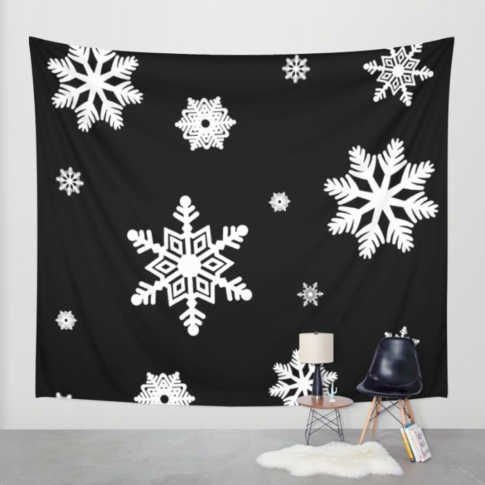 snowflakes-black-white-65k-tapestries