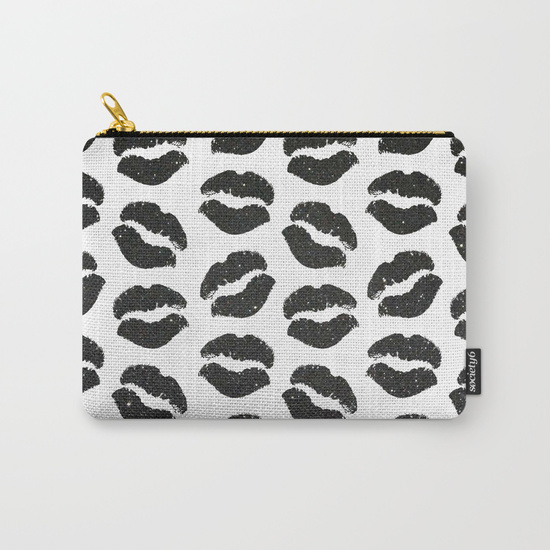 black-glitter-lips-carry-all-pouches