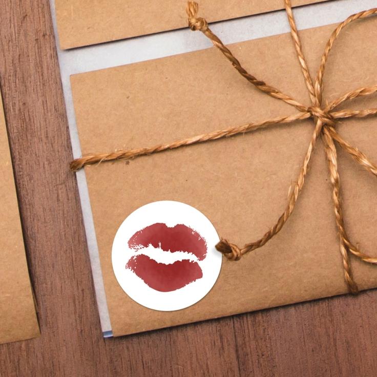 lips_mu